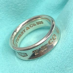TC115 Sterling Silver T&CO 1837 ring band